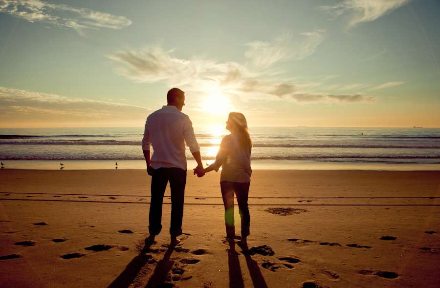 Manhattan-Beach-Pier-Engagement-Session_0009