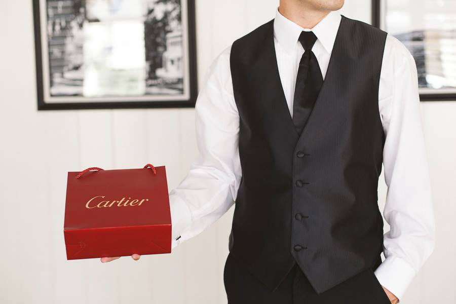 Cartier-bride-gift-groom-wedding