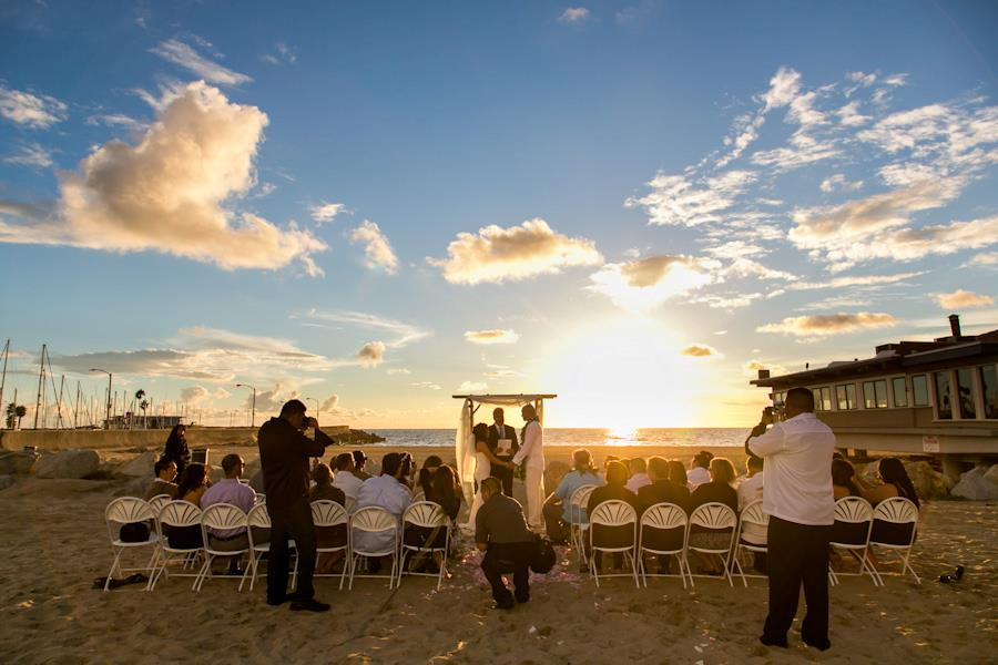 UncleBobs-Charthouse-RedondoBeach-Wedding-Nowack